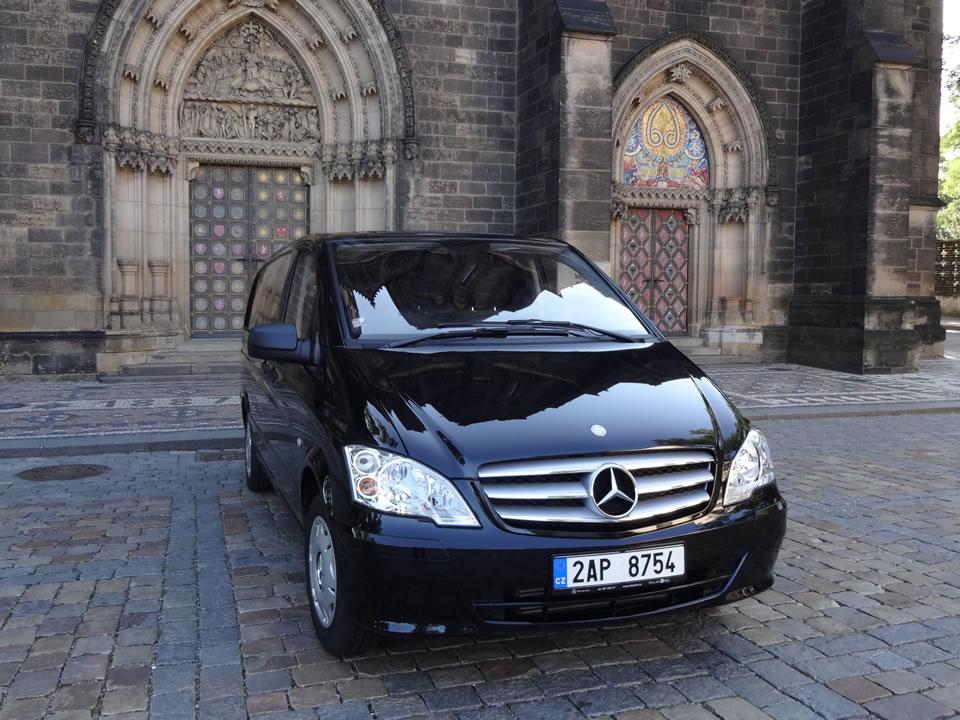 Pohřební služba Nymburk - auto 5 - Atropos